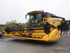2019 Newholland CX8.70 Combine 25ft head .
