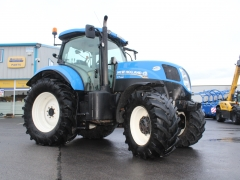 Newholland T7.200 2015 RC 50Kph