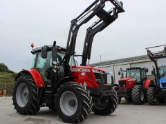 MF6715 Dynashift + loader