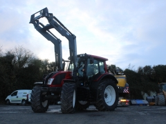 Valtra N123 Hi tech & loader