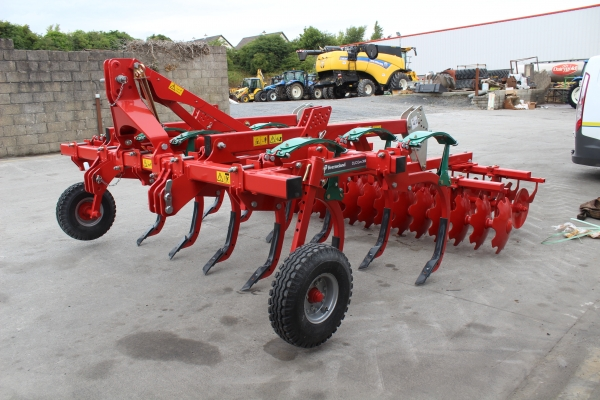 Kverneland CLC Pro 3m Grubber with disc gang