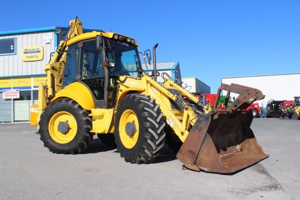Newholland LB115 Digger 2004