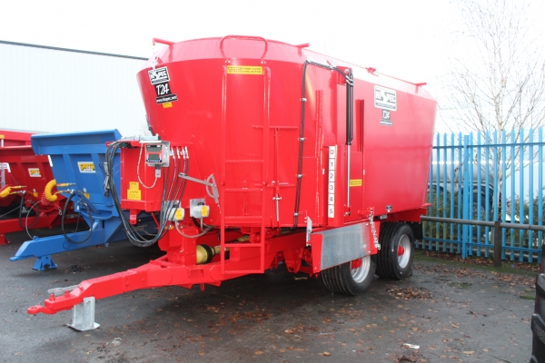 Hi SPEC 24 cubic tubfeeder unused