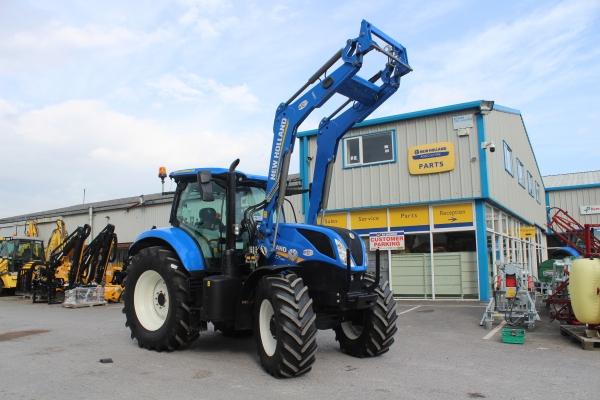 Newholland T7.190 + loader