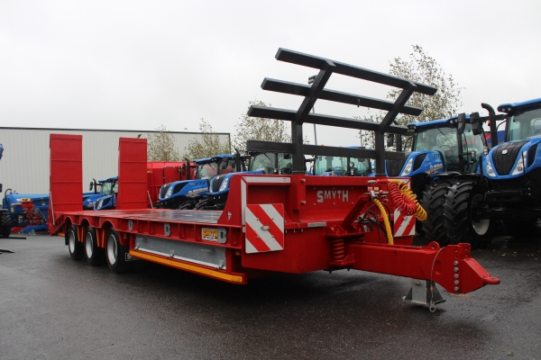 Smyth 3 axle low loader 27ft