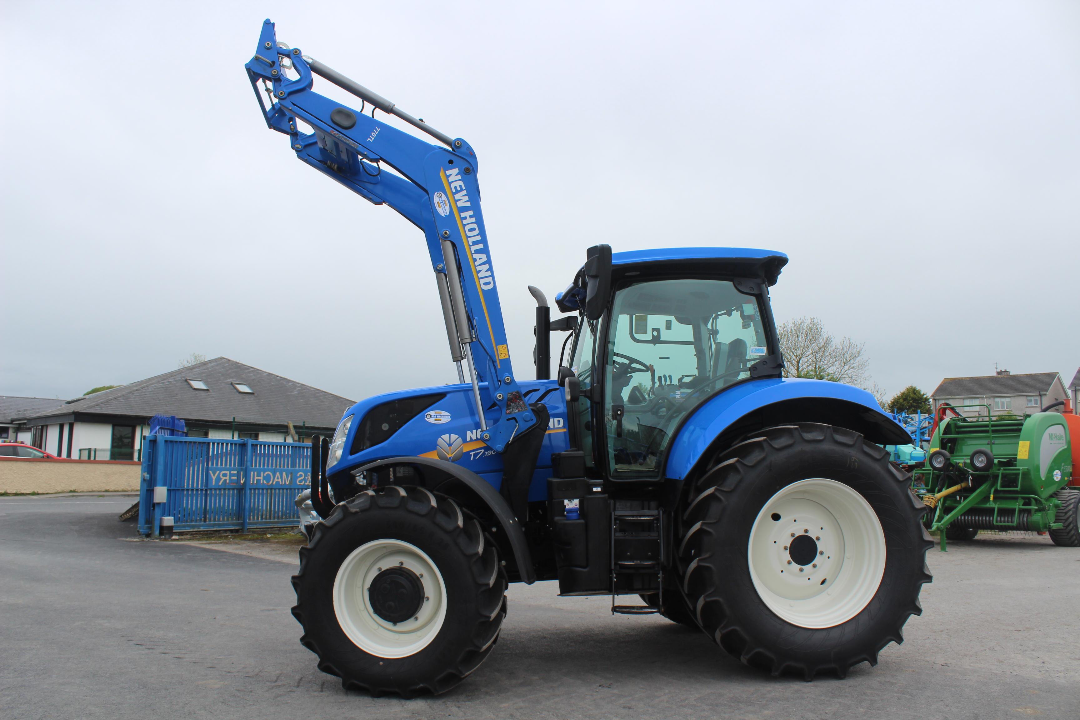 Newholland T7 190 + loader